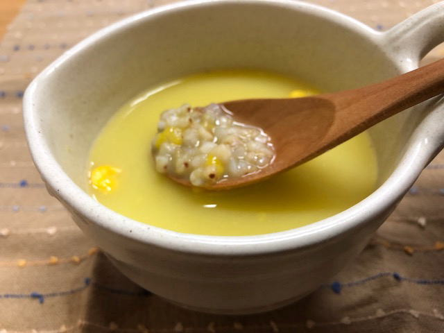 蕎麦の実入りコーンスープ(コーンポタージュ)